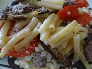 Gratin de pâte à l'aubergine et à la tomate